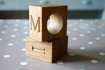 personalised-wooden-napkin-rings-makemesomethingspecial