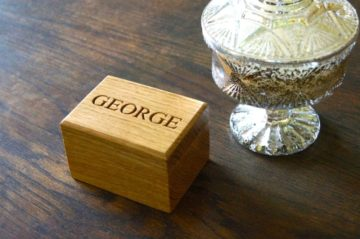engraved-wooden-ring-box-makemesomethingspecial.co.uk