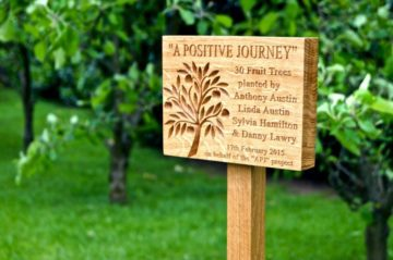 memorial-tree-plaque-makemesomethingspecial.co.uk