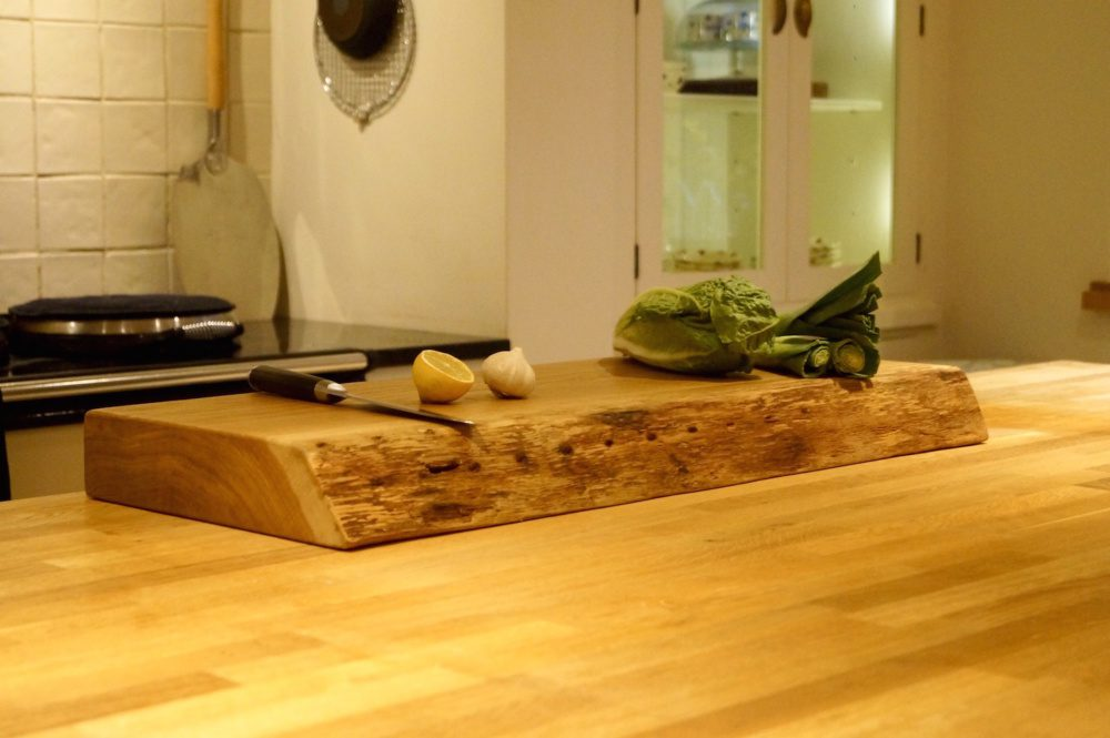 unique-christmas-gifts-for-christmas-2018-large-live-edge-chopping-board-makemesomethingspecial.com_