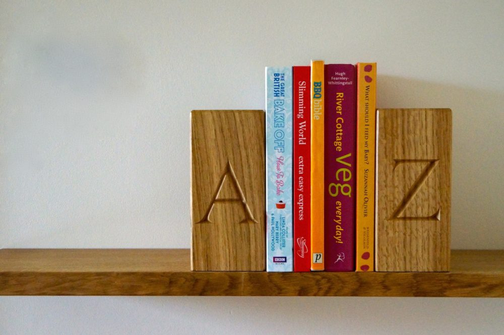 unique-christmas-gifts-for-christmas-2018-personalised-wooden-book-ends-makemesomethingspecial.co_.uk_