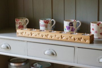 personalised-wooden-tea-light-holders-makemesomethingspecial.co.uk