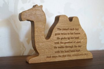 engraved-wooden-animal-makemesomethingspecial.com