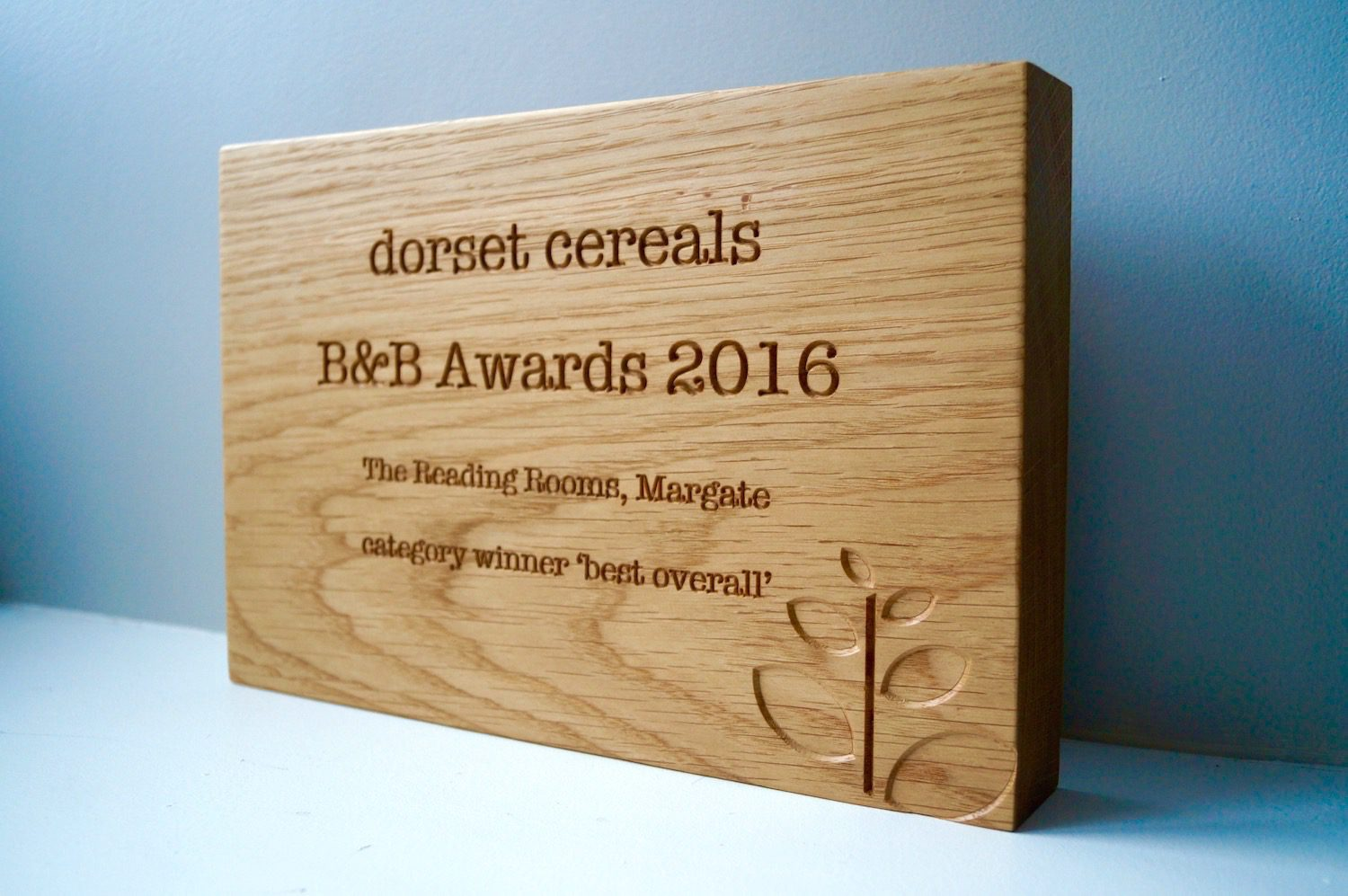 personalised-wooden-award-plaques-dorset-cereals-makemesomethingspecial.com