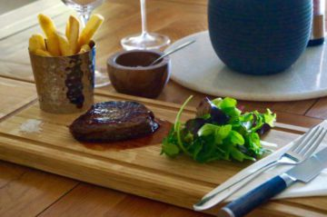 wooden-steak-board-makemesomethingspecial.com