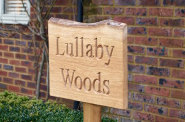 free-standing-rustic-house-signs-makemesomethingspecial.com
